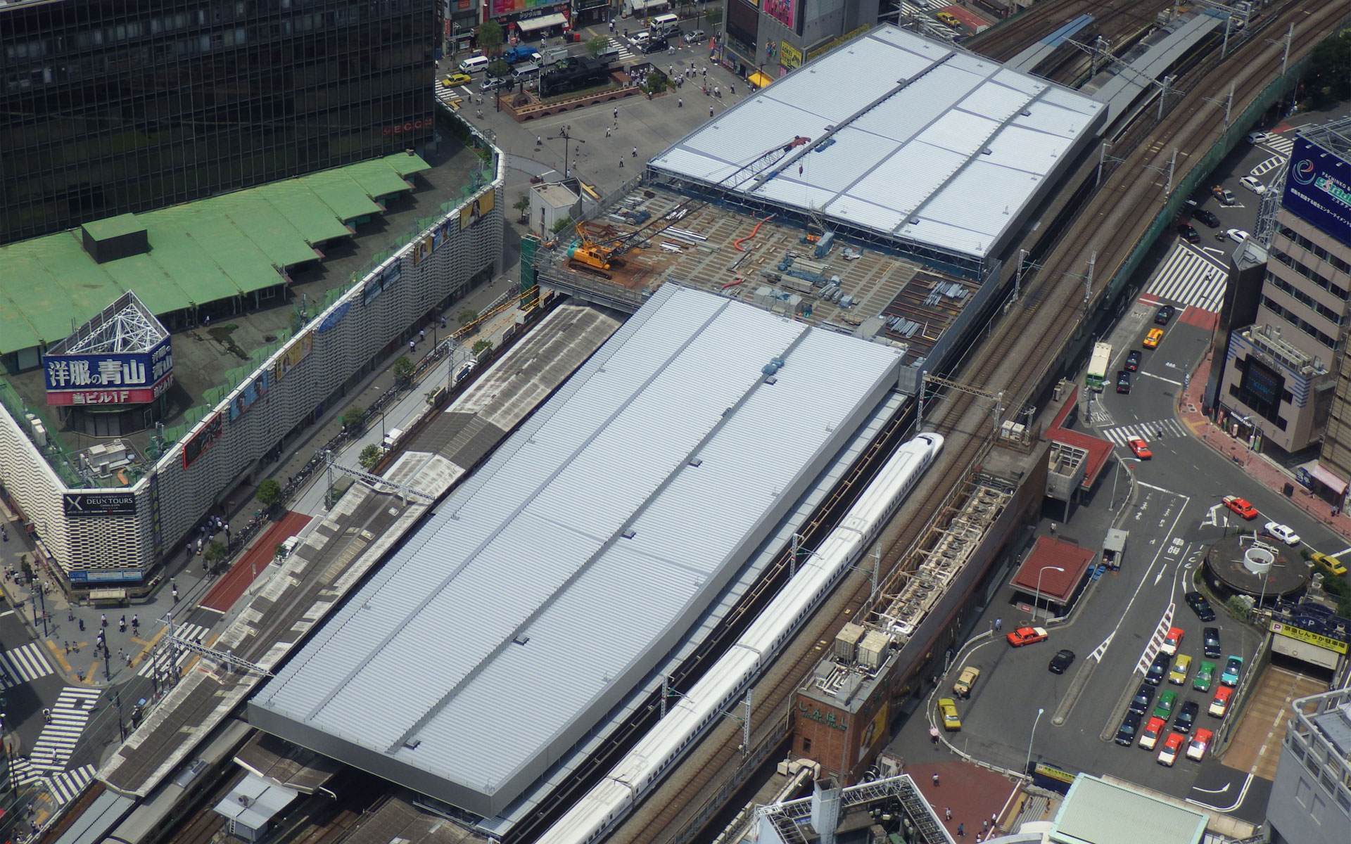 https://www.tomoe-corporation.co.jp/space-structure/works/details/shinbashi_station/images/index/img_main.jpg